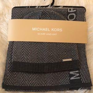 NWT Michael Kors Scarf & Hat Set